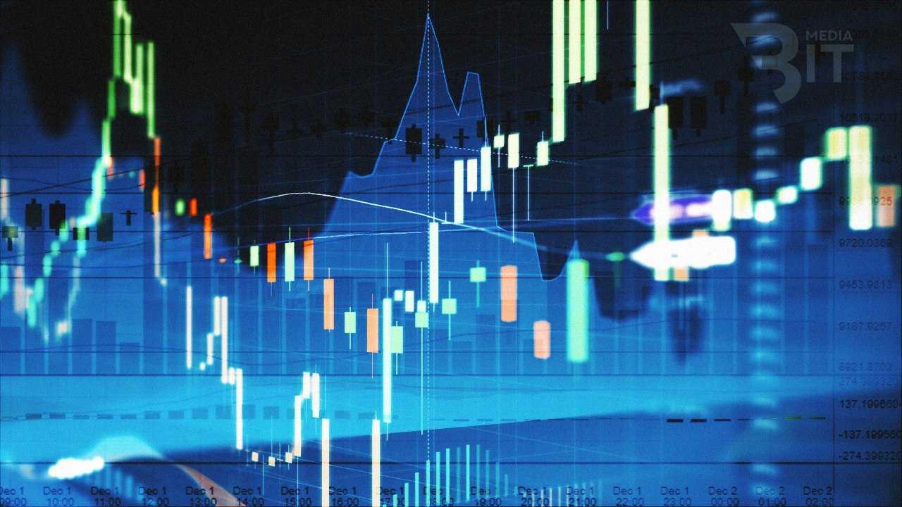 Ripple наступает на пятки Ethereum,а курс биткоина колеблется на уровне  $14 000