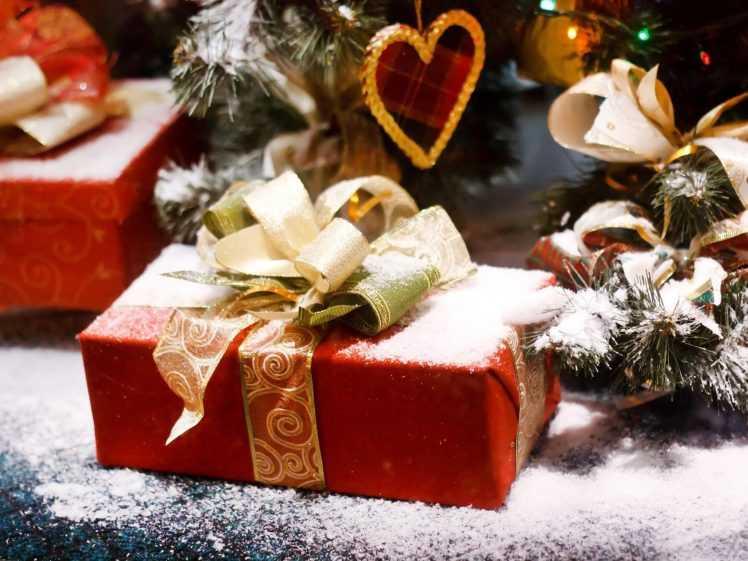 """Крипто-рождество: сделайте блокчейн-подарок любимым """"ноукойнером"""""""