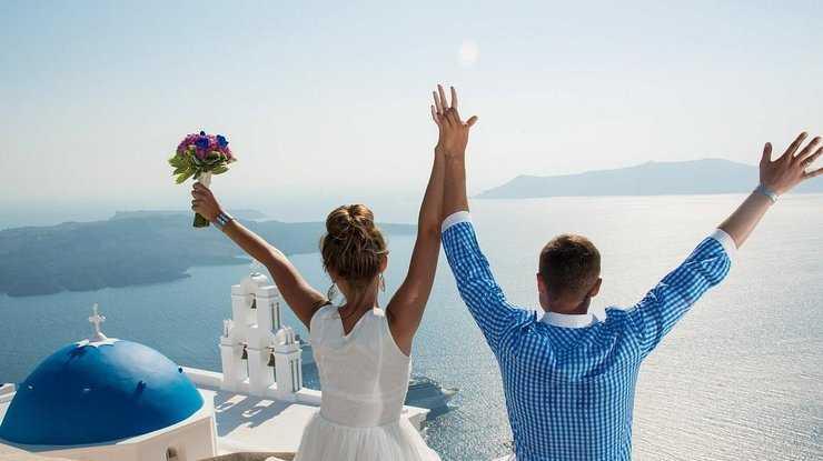 Индийская пара попросила подарить им биткоин на свадьбу