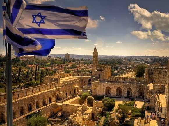 Израильский банк не должен был закрывать счет биткоин-майнинговой фирмы