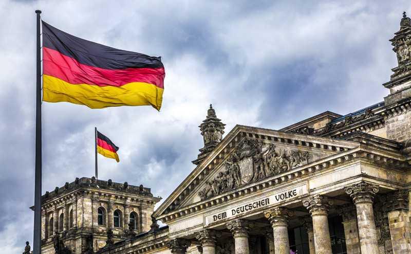 Шесть финансовых институтов Германии уже работают с криптовалютами