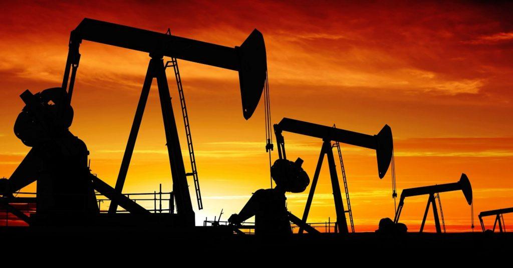 Планы ОПЕК увеличить сокращения не замедлили падение нефти